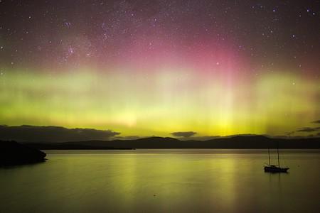 Aurora Australis over Paterson Inlet (Whaka A Te Wera), Stewart Island (Rakiura)  #aotearoa